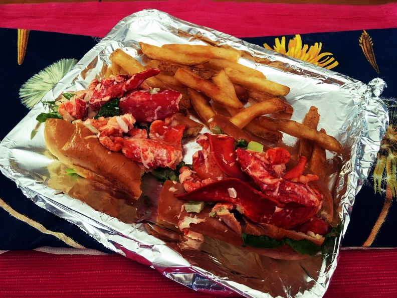 Lobster roll from the 99